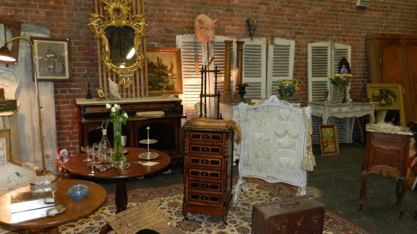 maubeuge les antiquit s tiennent salon ce week end. Black Bedroom Furniture Sets. Home Design Ideas