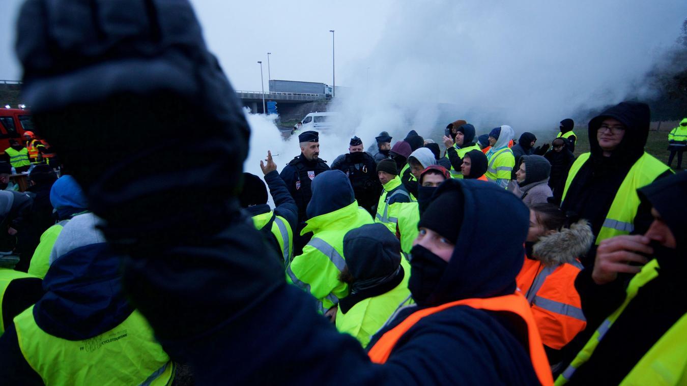 Hénin-Beaumont : des policiers attaqués par des