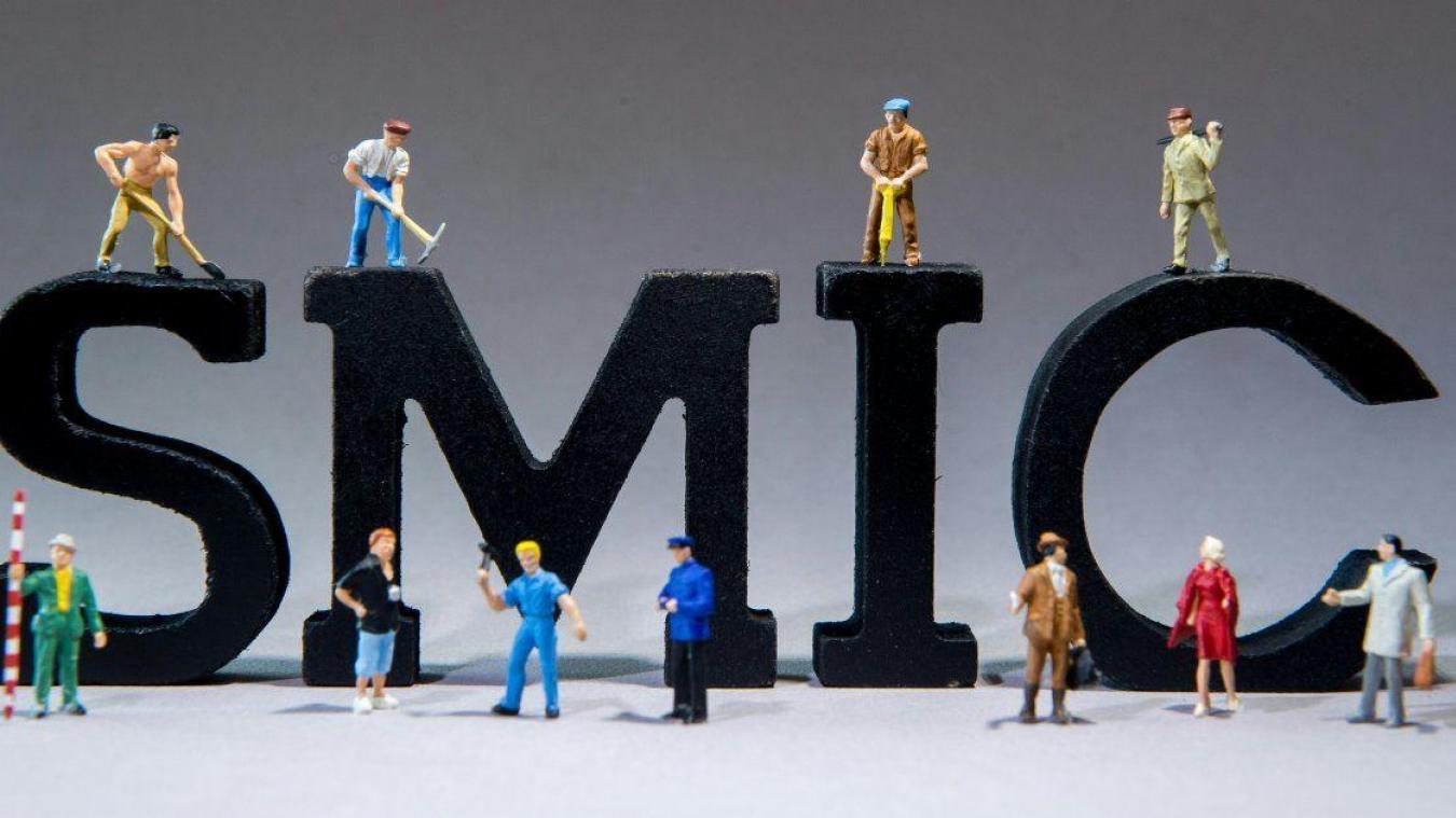 Le Smic augmentera de 1,8% au 1er janvier, annonce Philippe