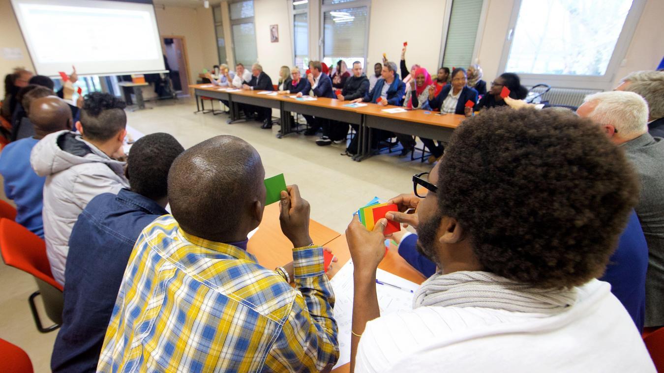 Calais des chefs d entreprise accompagnent d anciens - Sous prefecture le raincy bureau des etrangers ...