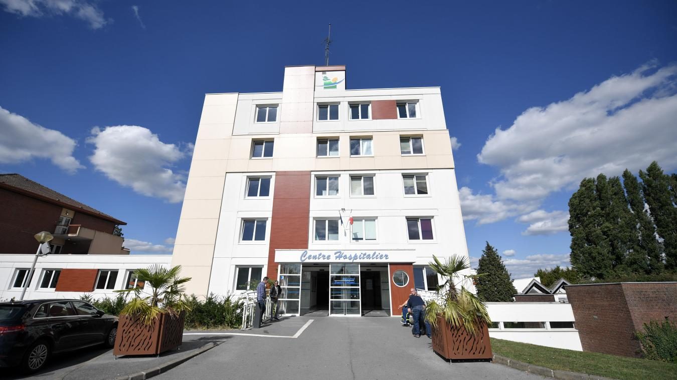 Saint Amand Les Eaux Les Blouses Jaunes Du Centre Hospitalier