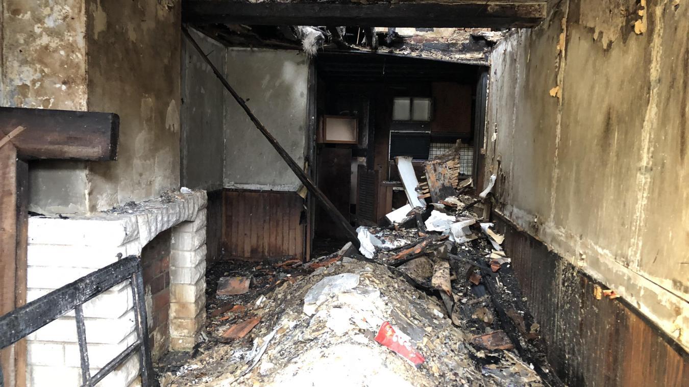 aire sur la lys une maison inhabit e incendi e pour la deuxi me fois en deux mois. Black Bedroom Furniture Sets. Home Design Ideas