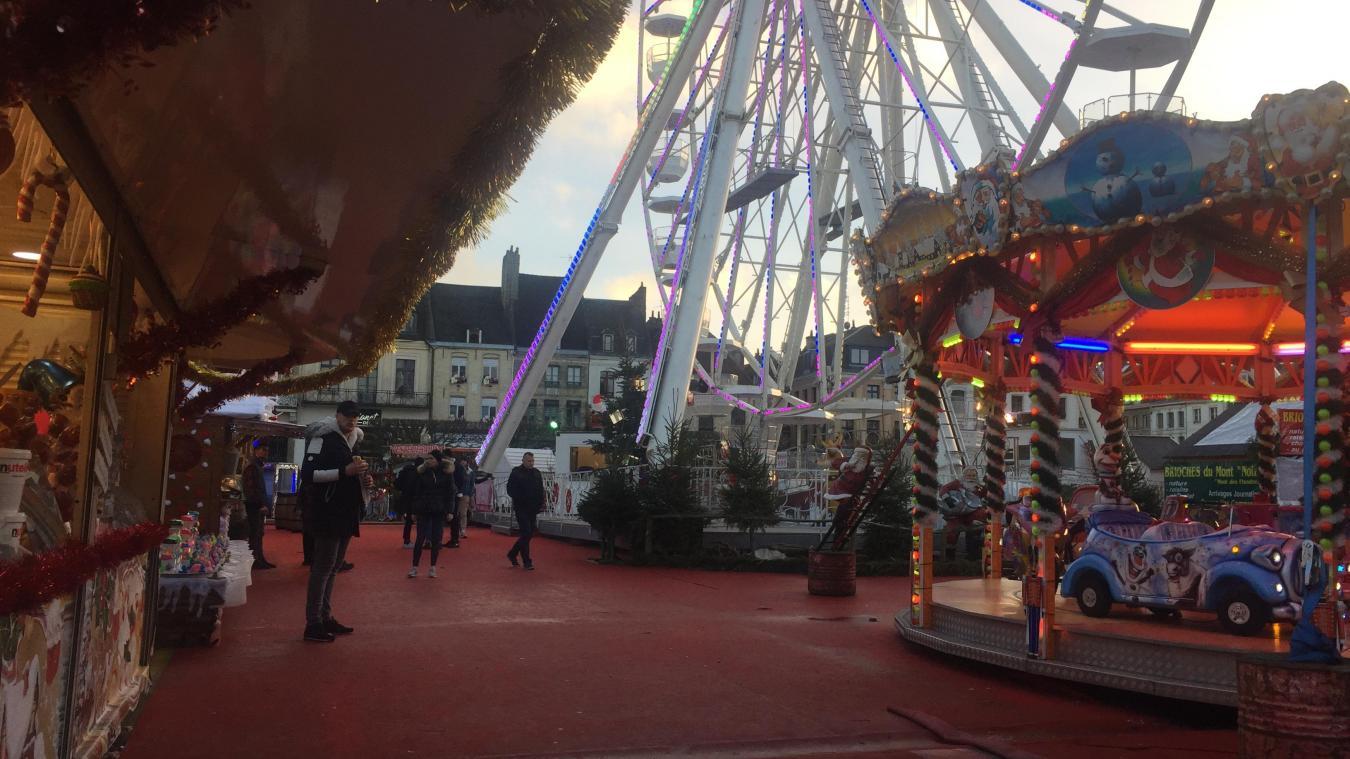 Image Ou Photo De Noel.Audomarois Marche De Noel De Saint Omer Ou D Aire Lequel