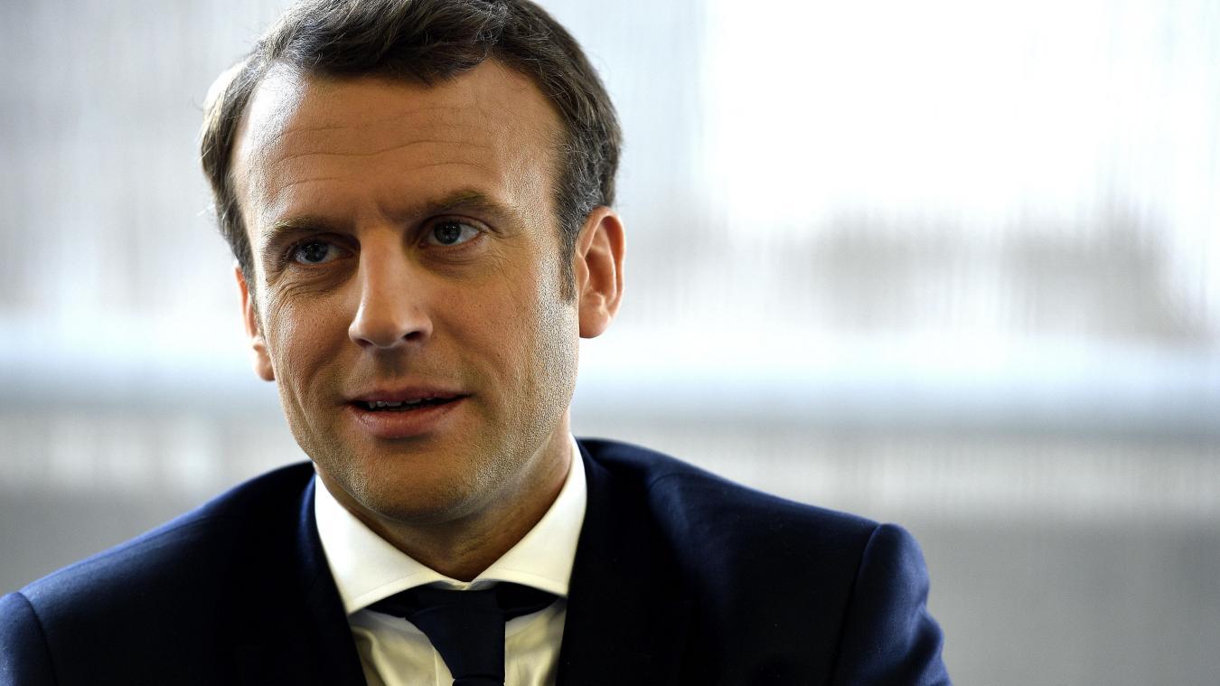 Emmanuel Macron s'exprime au côté d'Idriss Déby à N'Djamena — En direct