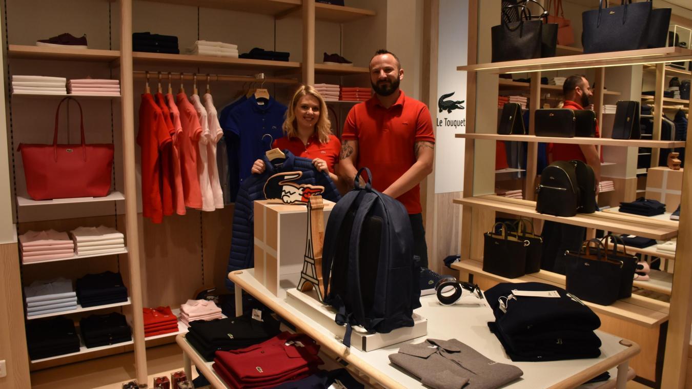 efd89f72958 Vincent Bourgoin responsable de la boutique Lacoste et son adjointe Olivia.