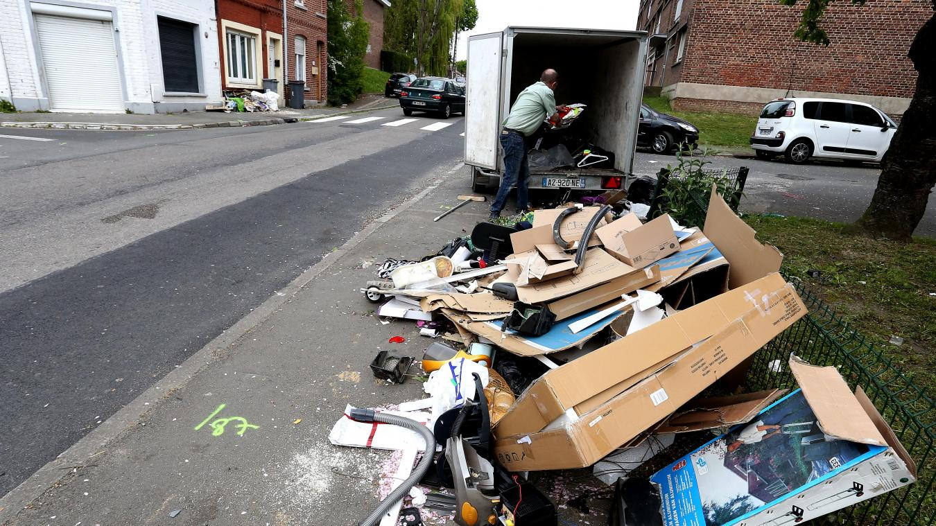 Porte du Hainaut Pour les encombrants, plus de porte à porte, mais