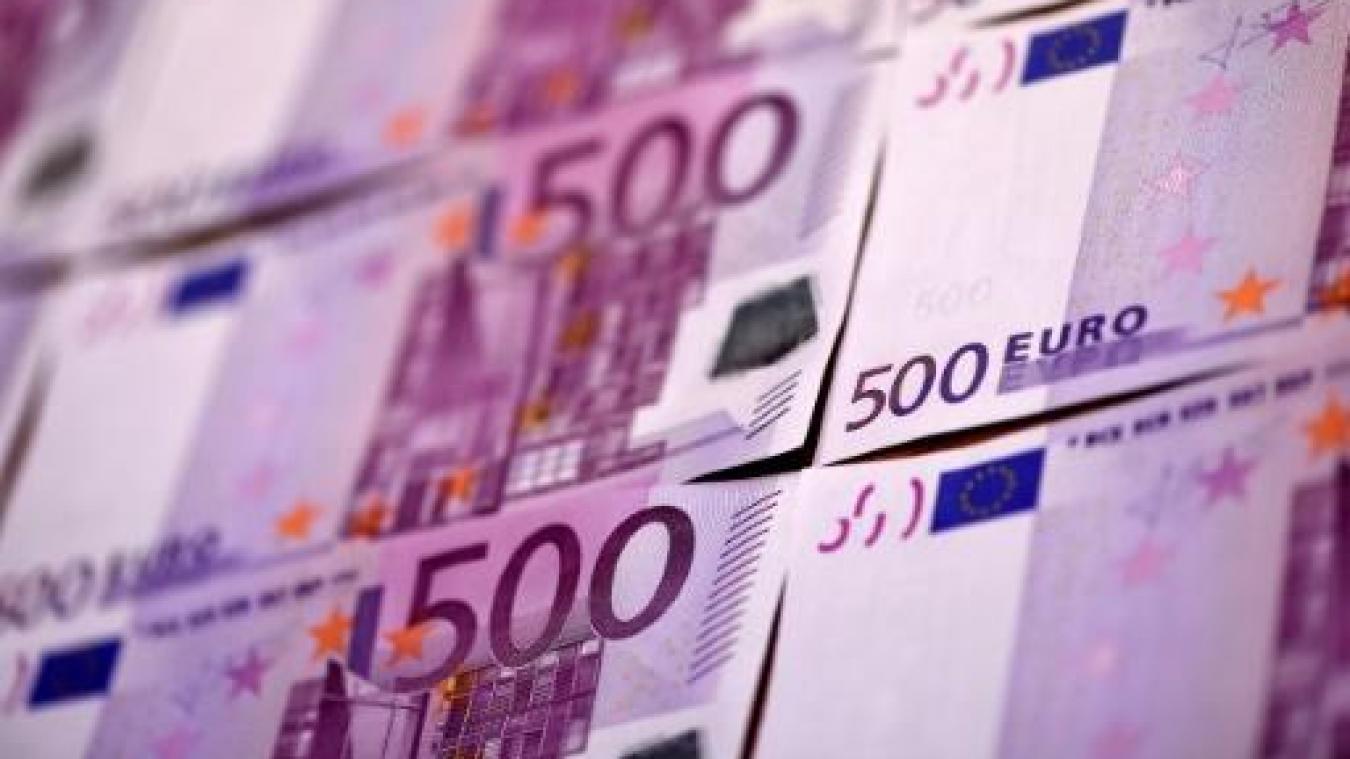 Zone Euro Desormais Plus Aucun Billet De 500 Euros N Est Imprime En Europe
