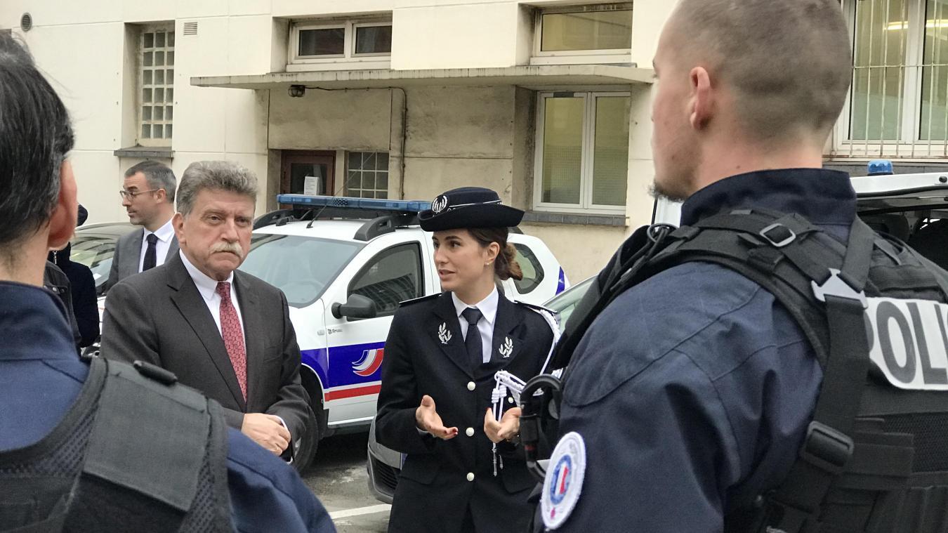 Castex rencontre les policiers en colère - 10/05