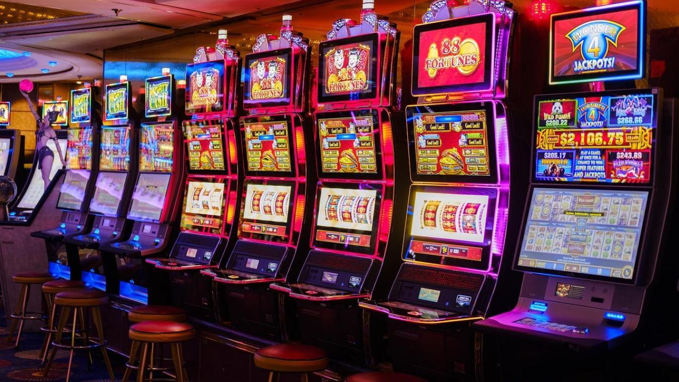 Cancer  Un casino refuse l entrée à une cliente qui porte un foulard 7ee642fee03