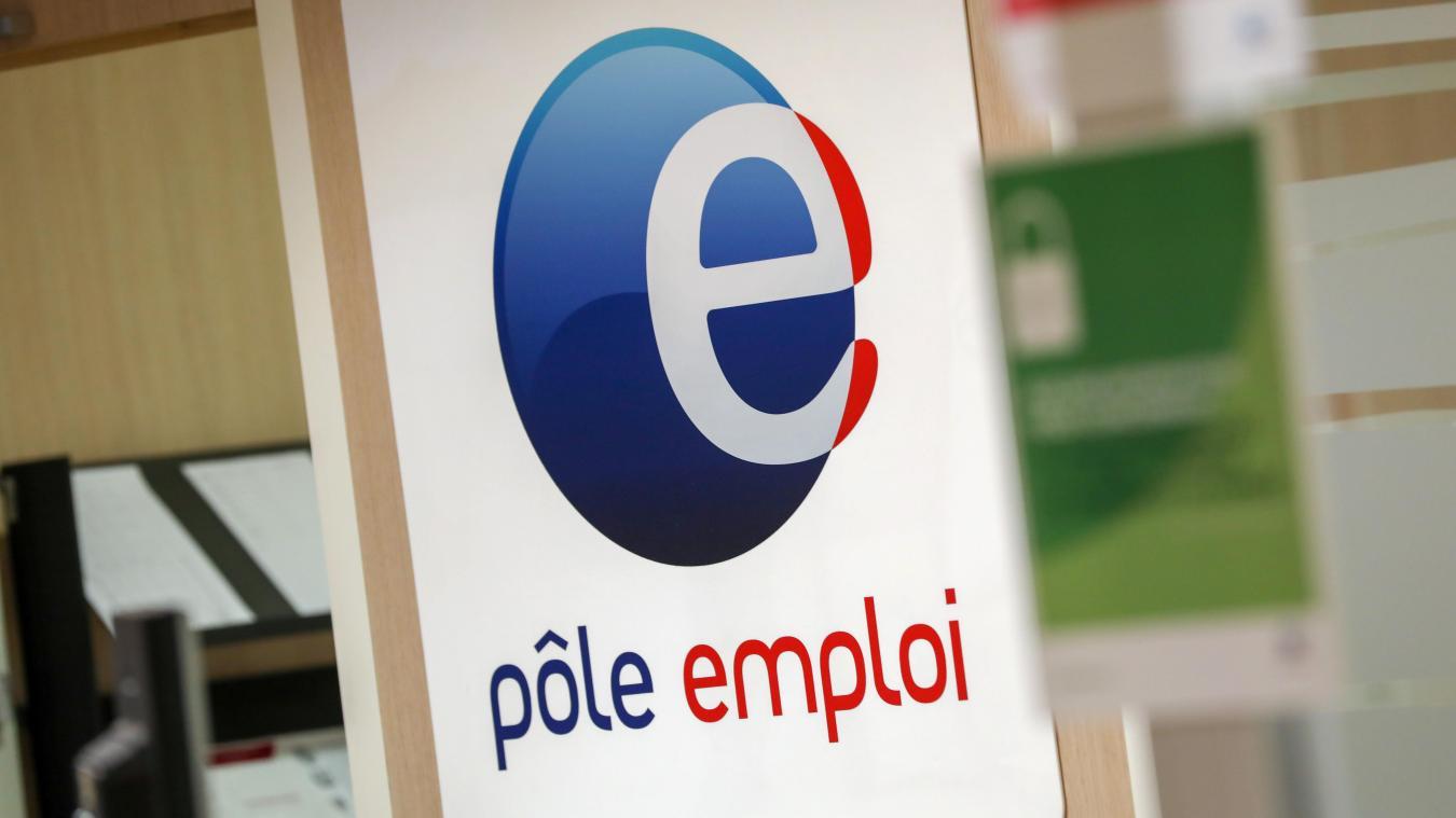 Pôle emploi. Une salariée se versait des indemnités chômage…