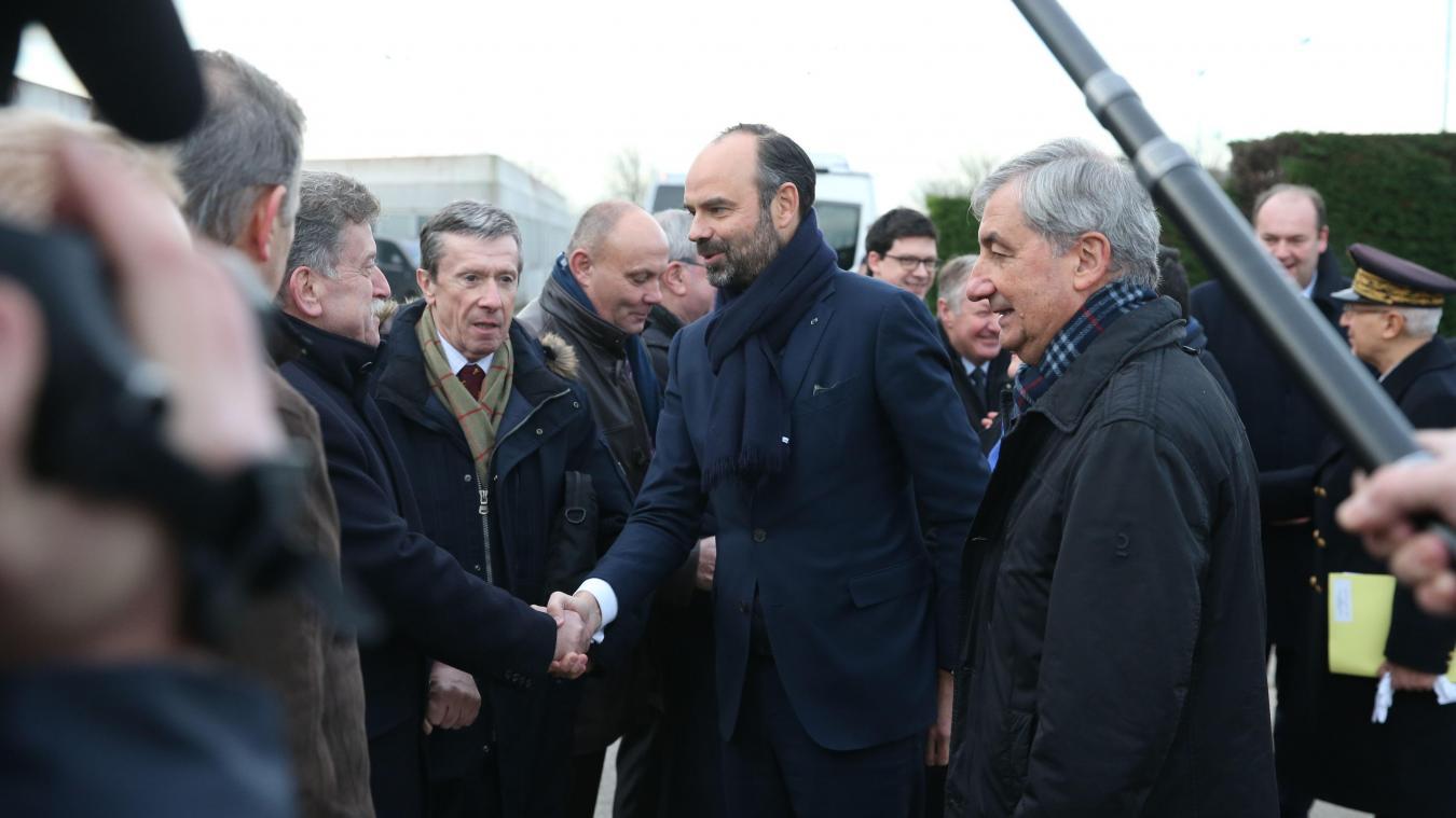 Le Premier Ministre Edouard Philippe A Deburte Sa Visite Sur Site Du Tunnel Sous La