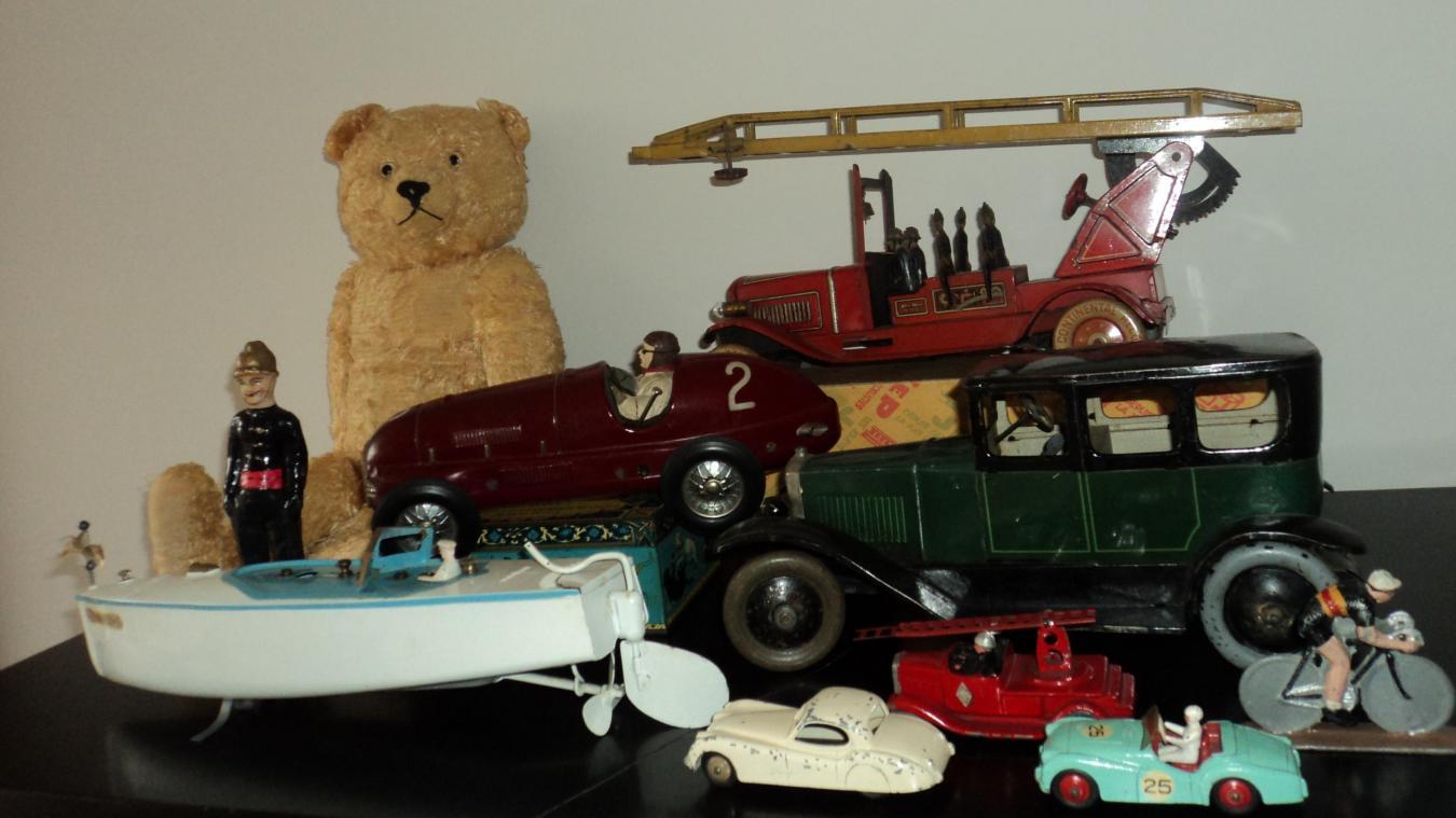 Neuville en Ferrain La dixième bourse aux jouets anciens accueille