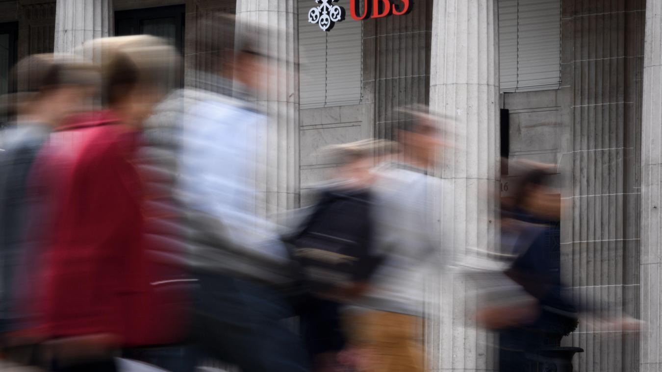 Jugement à Paris pour le géant bancaire suisse UBS — Fraude fiscale