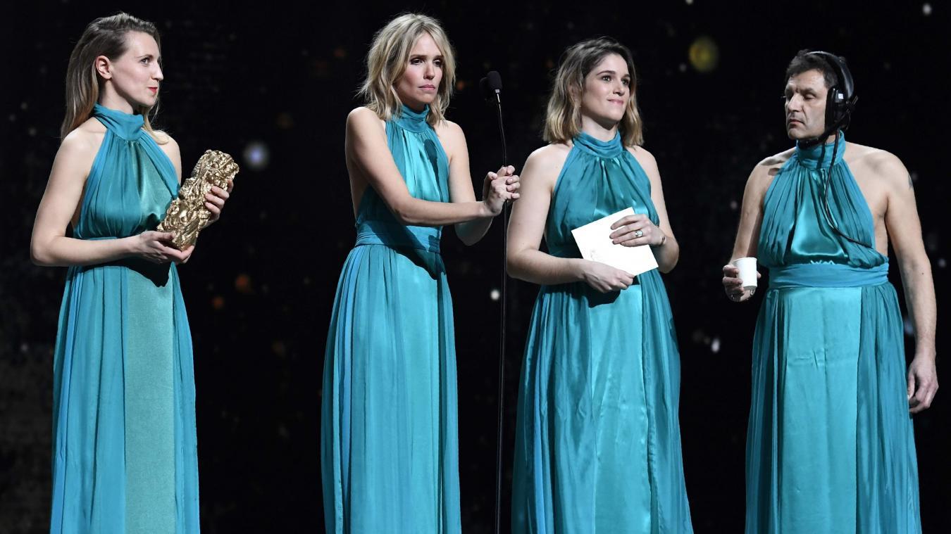 0500196be8908 Le sketch autour de la robe « unique » de Laurence Arné a fait sensation  aux César. Photo AFP - AFP