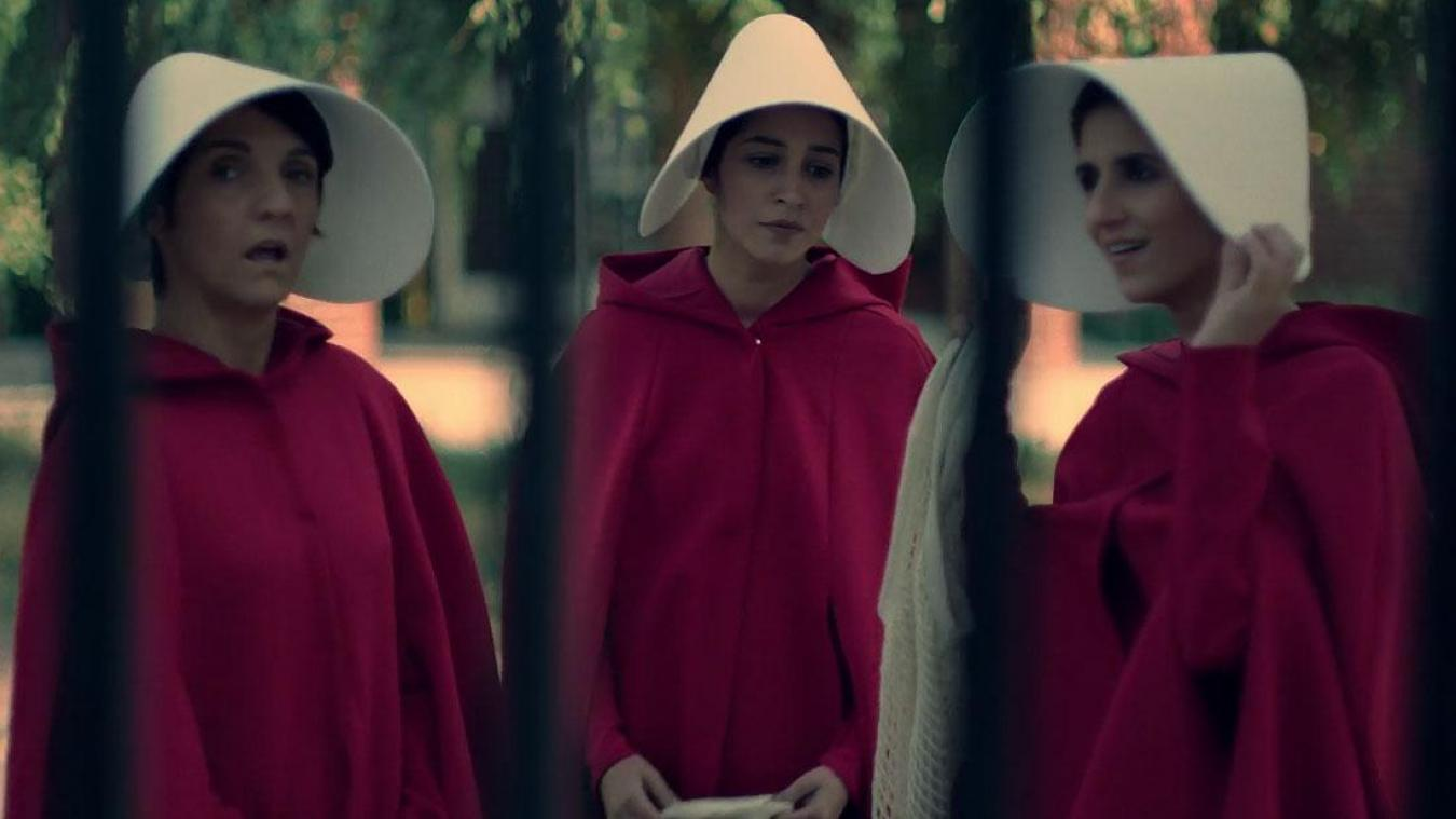 Florence Foresti parodie The Handmaids Tale sur Youtube