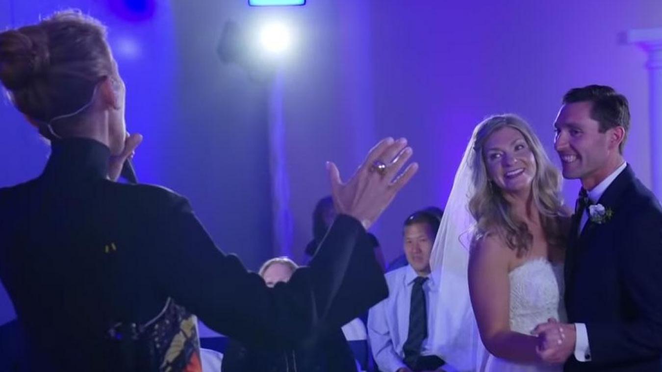 Surprise Céline Dion chante au mariage de deux de ses fans