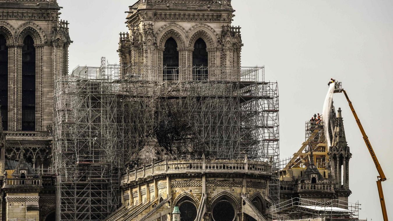 Emmanuel Macron reçoit une délégation de l'Unesco — Notre-Dame