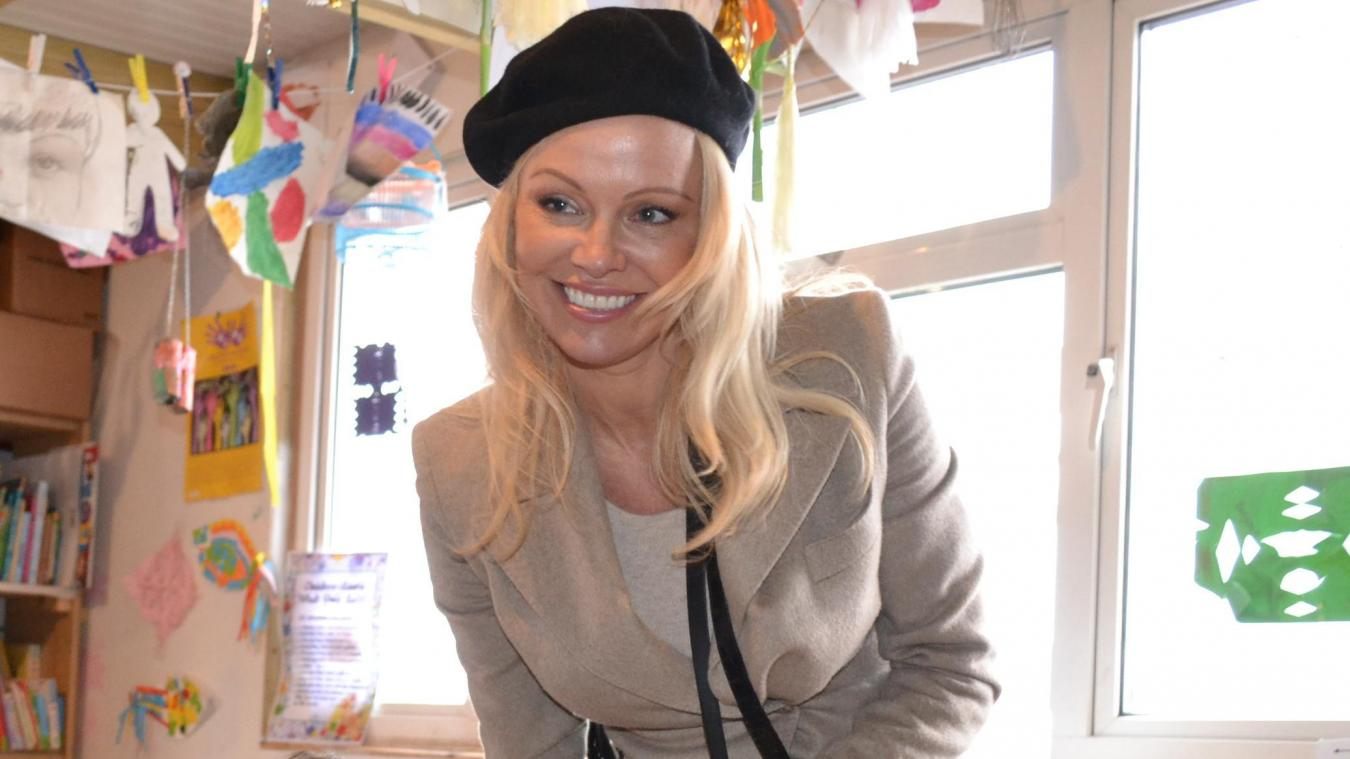 Le gros coup de gueule de Pamela Anderson — Notre-Dame