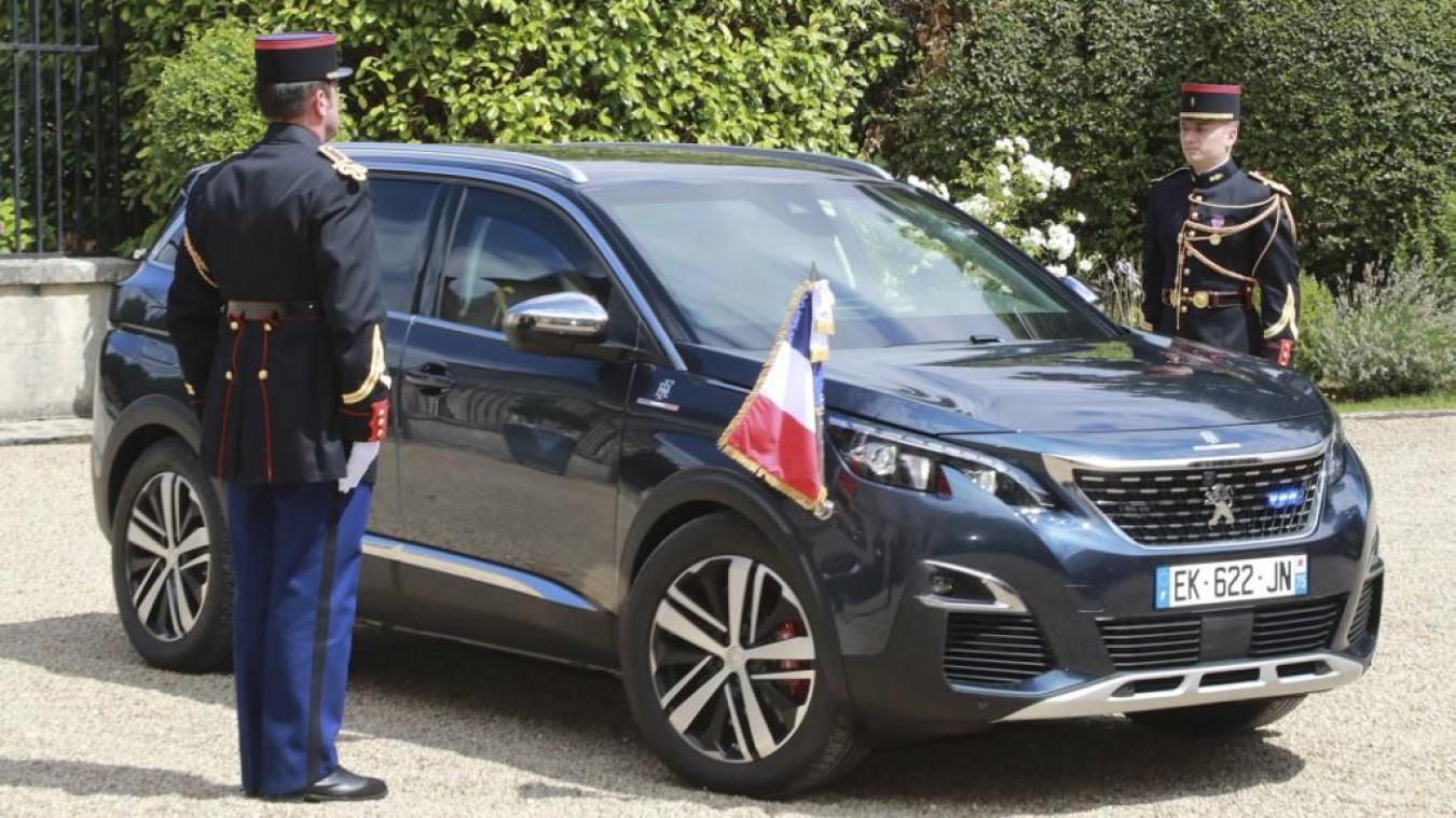 La voiture d'Emmanuel Macron, le 25 juillet 2017. Photo AFP
