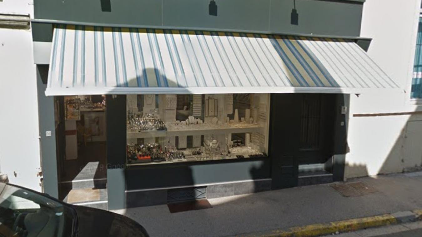 987da5d03577 La bijouterie Fournier située en plein centre-ville de Marquise a été  victime d