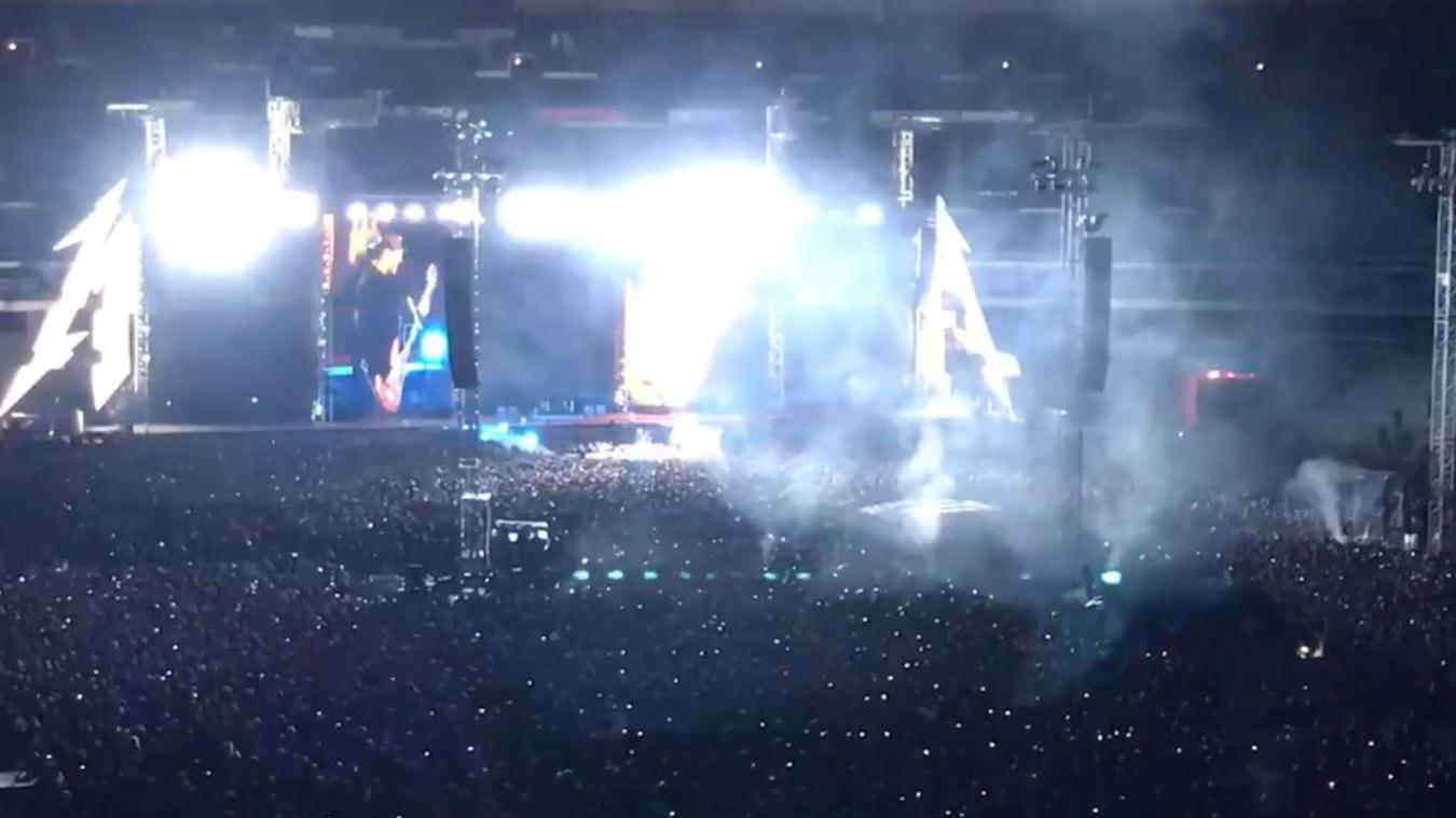 VIDEOS. Metallica rend hommage à Johnny Hallyday au Stade de France