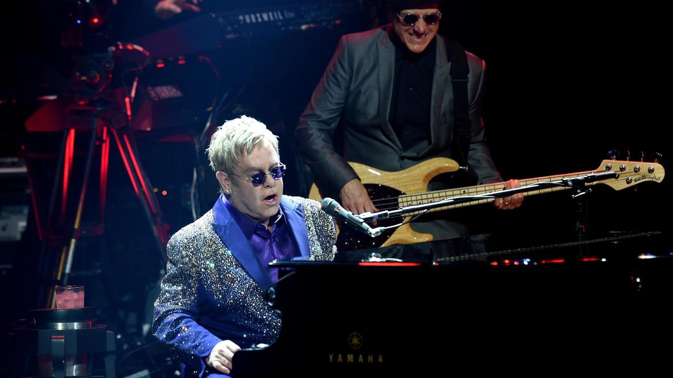 Elton John : bientôt récompensé par Emmanuel Macron