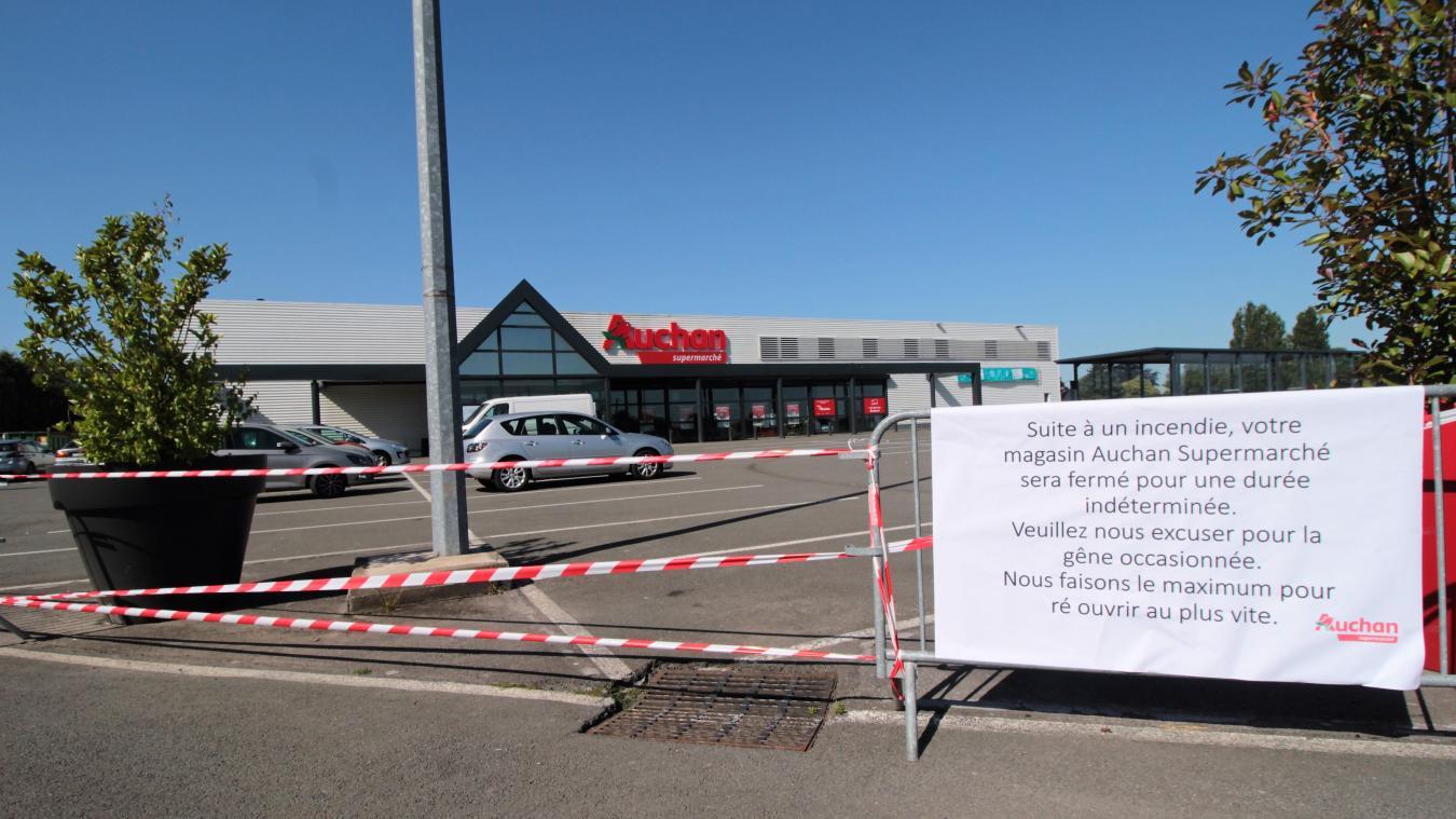 Harnes Le Supermarché Auchan Fermé Pour Une Durée