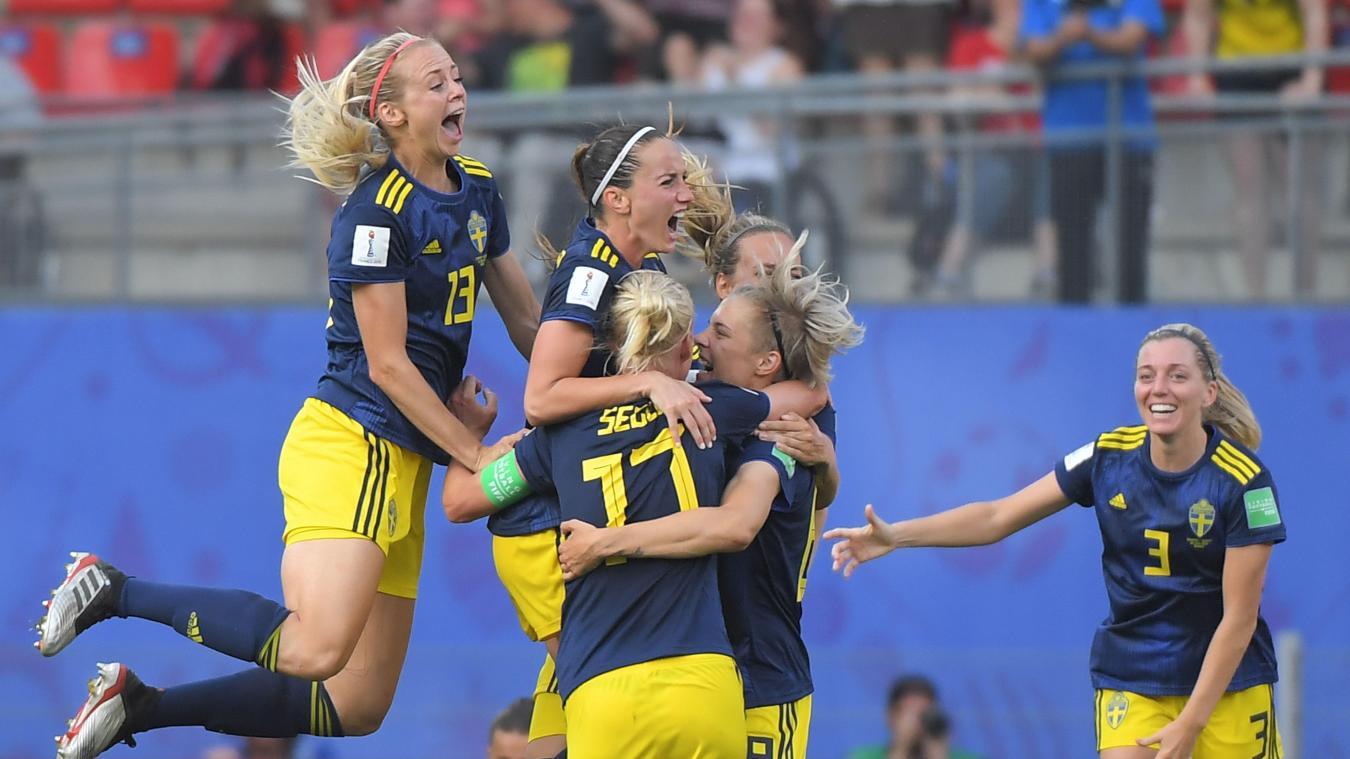 Coupe Du Monde Feminine De Football La Suede Boute L Allemagne Hors Du Dernier Carre