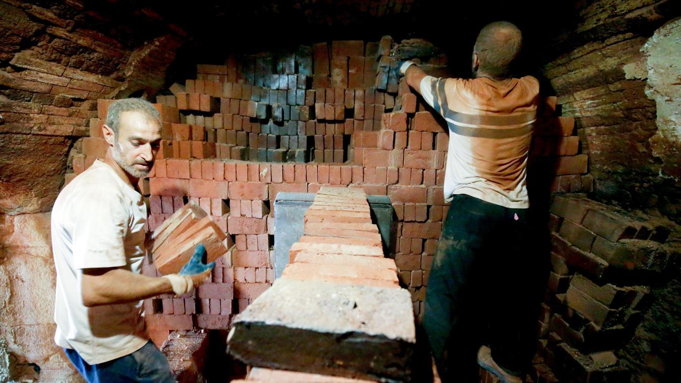Le taux de briques cassées lors de la cuisson n'excède pas les 5 %. PHOTO SAMI BELLOUMI