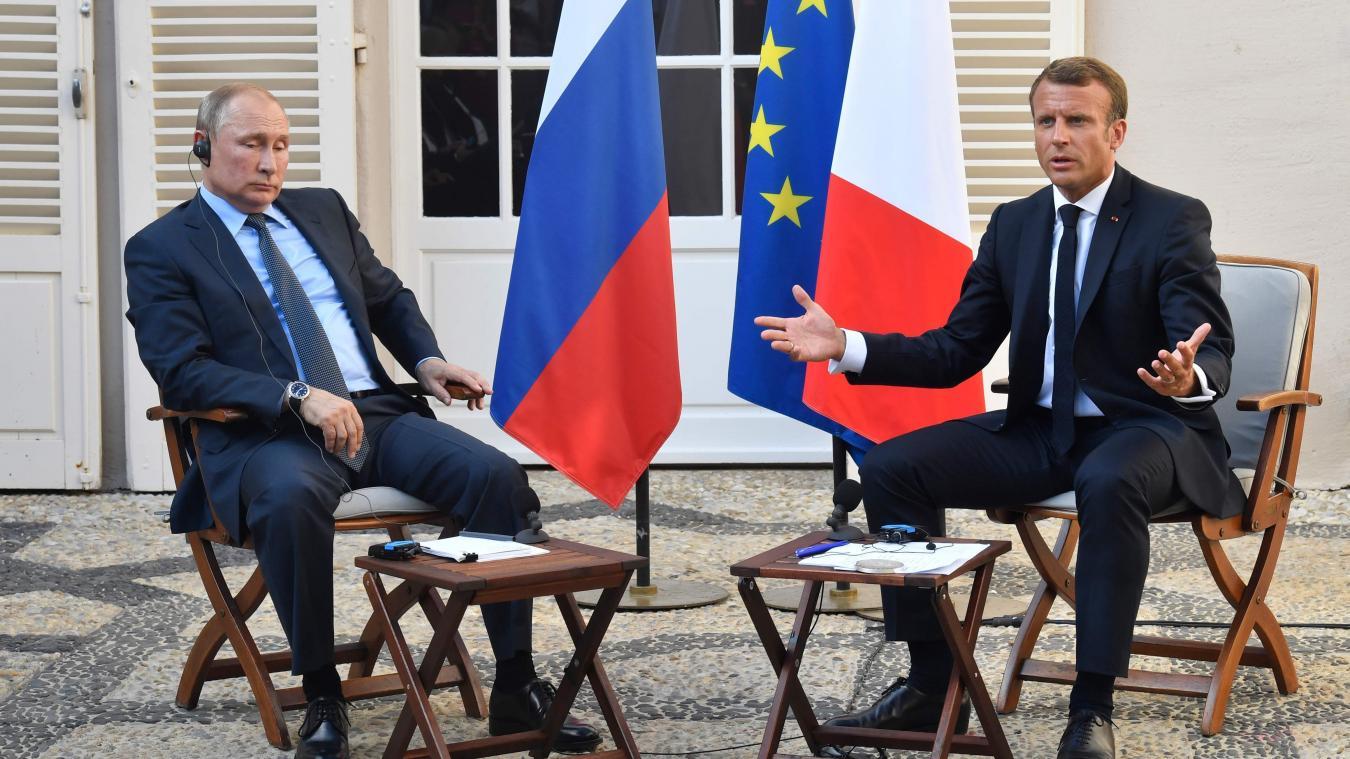 Grand débat : Emmanuel Macron pris à partie par une femme