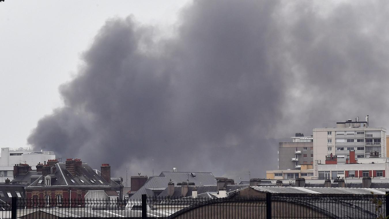 Incendie à Rouen. Édouard Philippe promet une