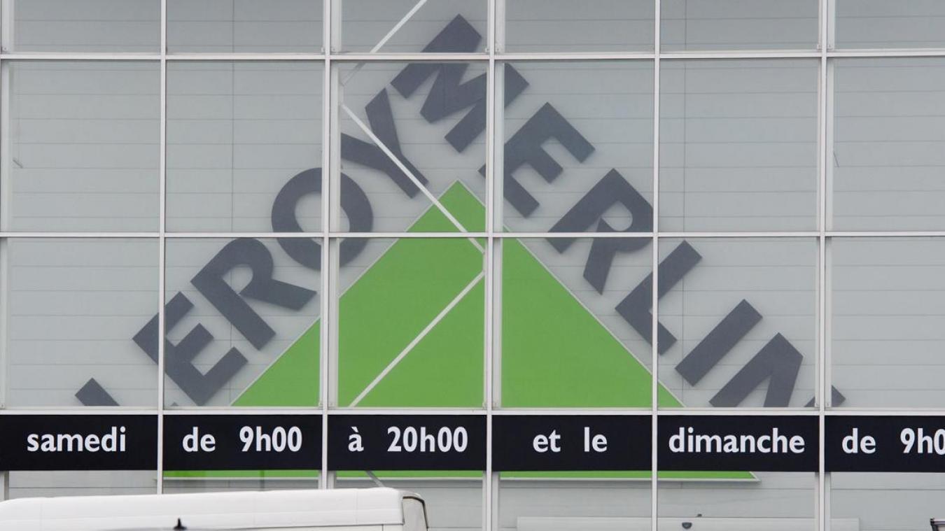 Une Hotesse De Caisse De Leroy Merlin Amiens Suspectee D Avoir Detourne Plus De 150 000 Euros