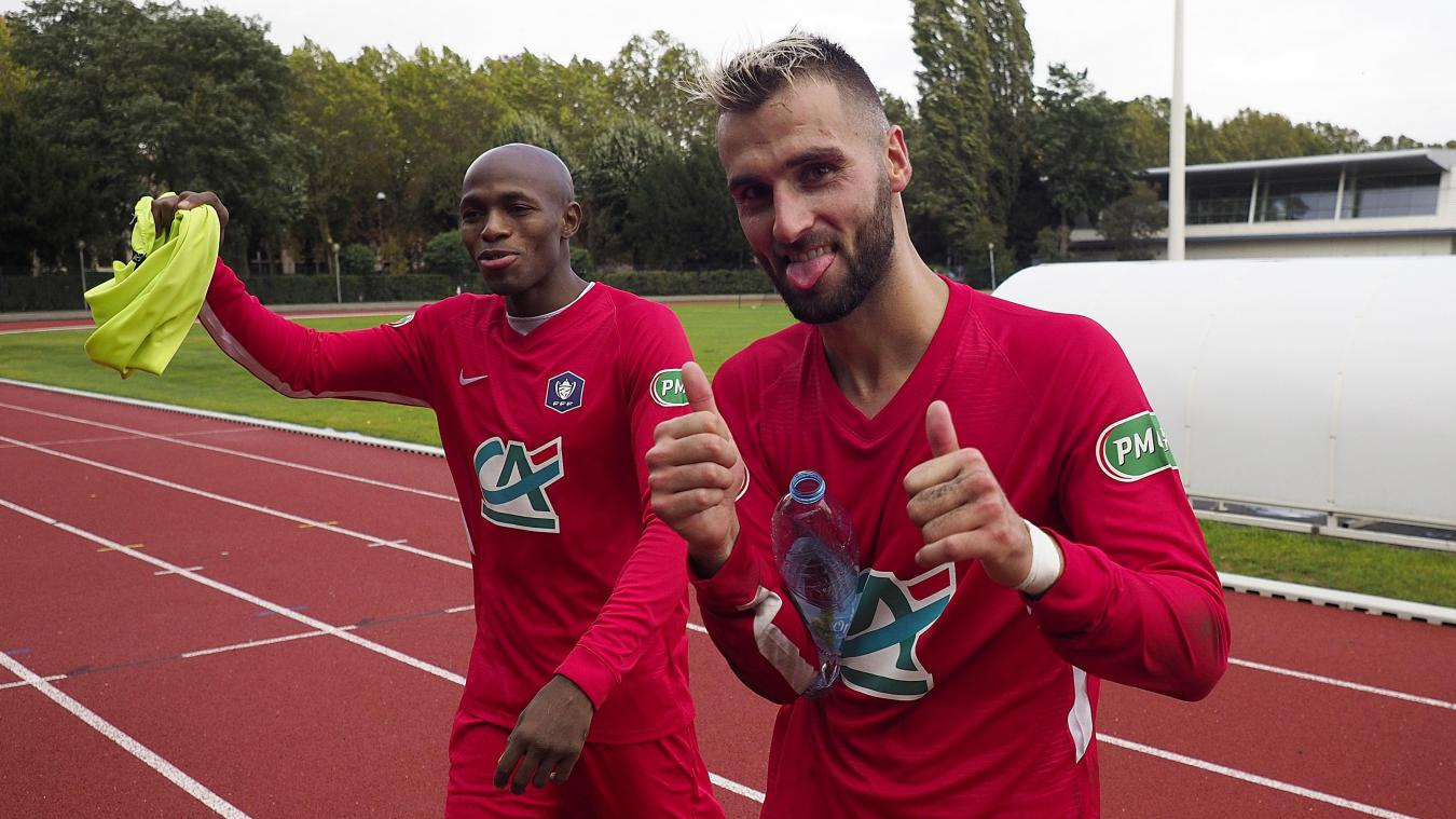 Football (Coupe de France): Cambrai, Valenciennes et peut-être Fourmies connaissent leurs adversaires du 7e - La Voix du Nord