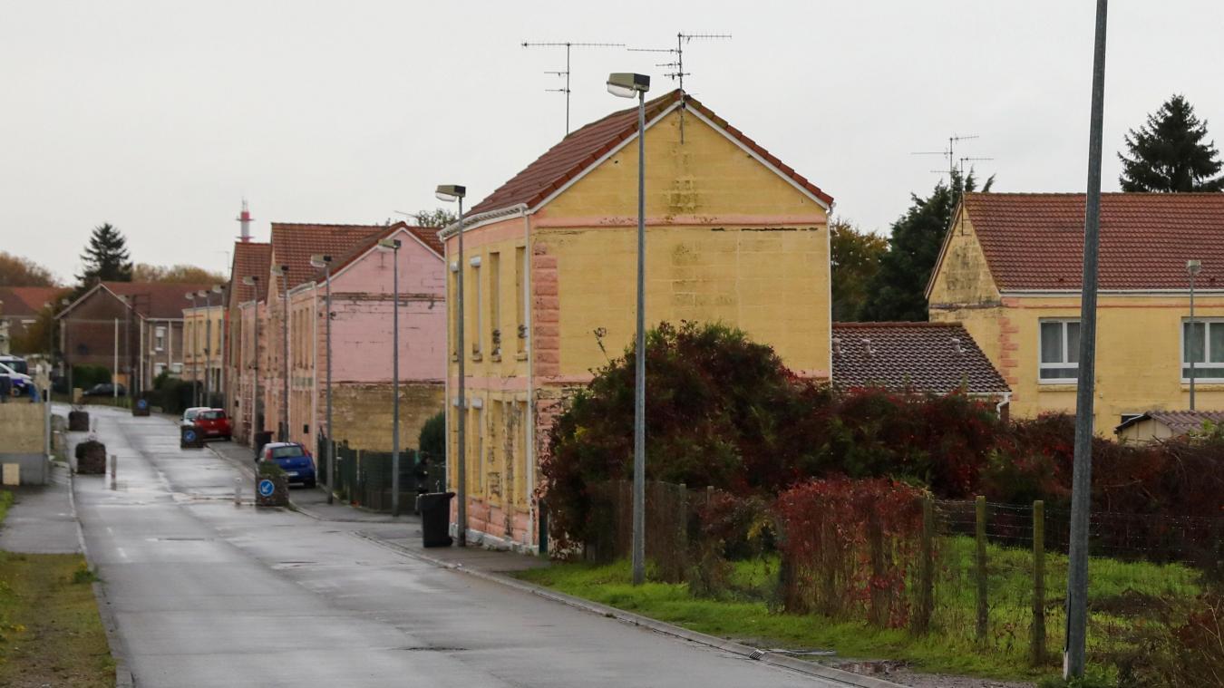 Sallaumines : isolation à refaire pour une centaine de logements, déménagement en vue pour leurs occupants - La Voix du Nord