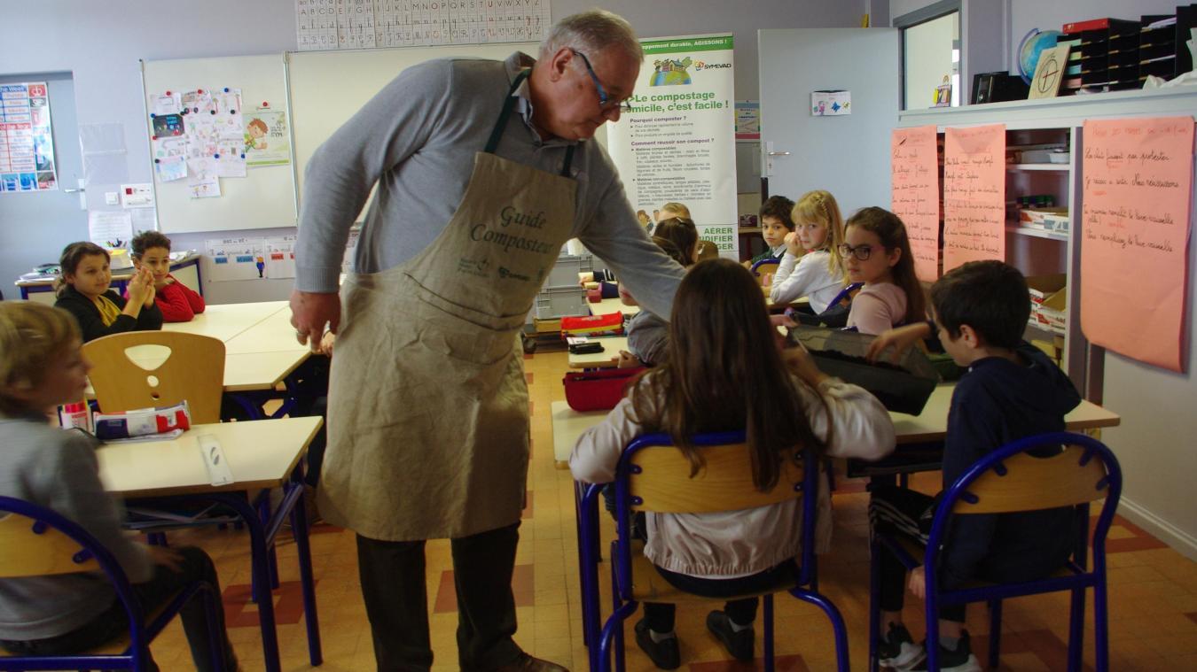 précédent Roost-Warendin: initiation au compostage à l'école Roger-Salengro par le Symevad - La Voix du Nord