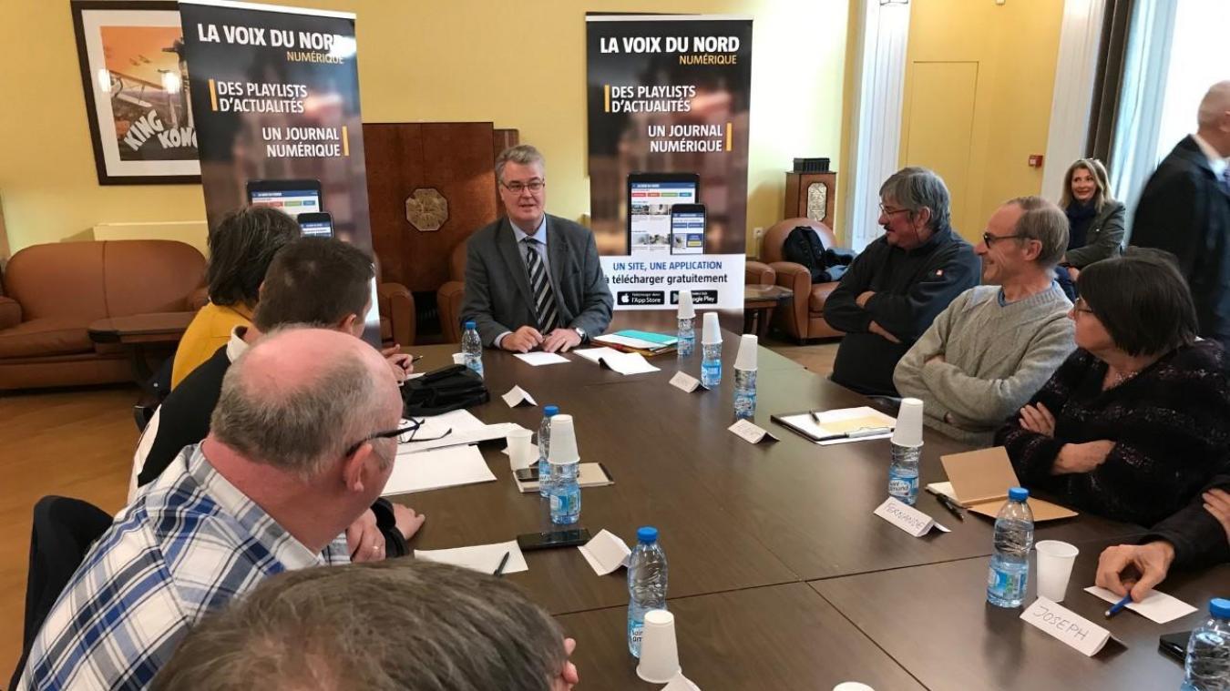 À Saint-Omer, Jean-Paul Delevoye a répondu aux questions des lecteurs de « La Voix du Nord » - La Voix du Nord