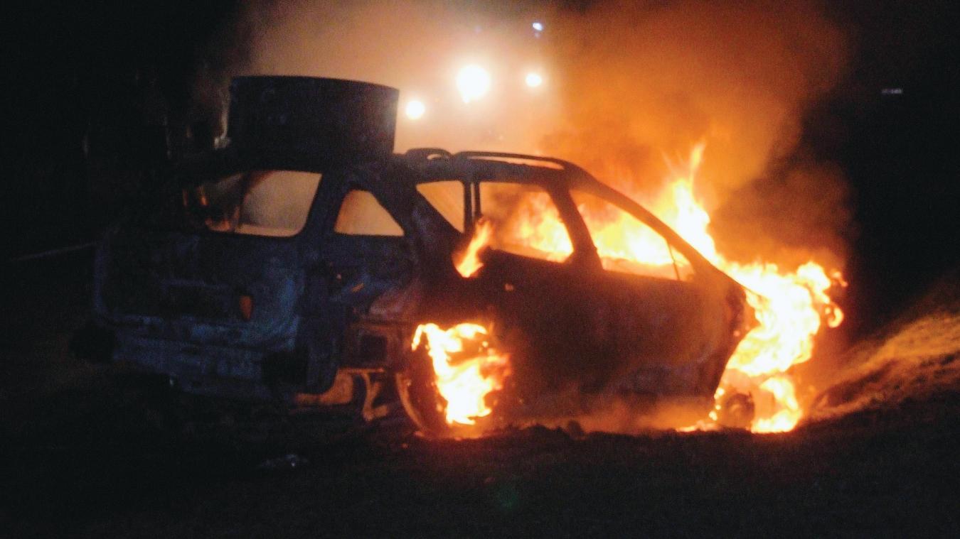 À Sallaumines, prison ferme après avoir incendié un véhicule par vengeance - La Voix du Nord