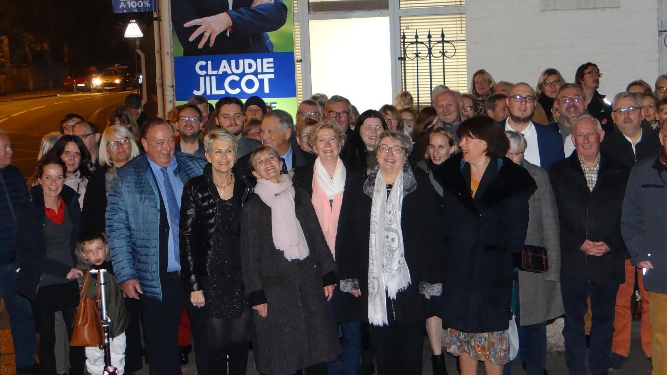 Lambersart: Claudie Jilcot, «l'héritière», vient d'inaugurer son local de campagne - La Voix du Nord