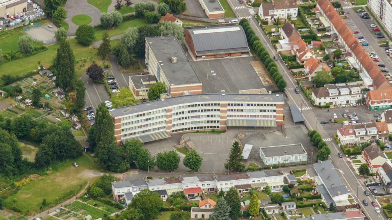 précédent La propriété du collège de l'Esplanade, à Saint-Omer, transférée au Département - La Voix du Nord