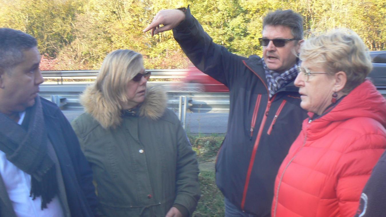 Oignies : les « oubliés de la commune » ont invité les élus impasse Darchicourt - La Voix du Nord