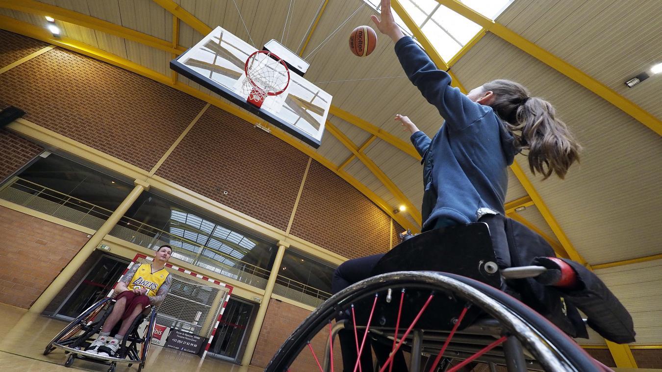 Lille : se mettre dans la peau d'un handicapé, le défi lancé par le mois de l'accessibilité