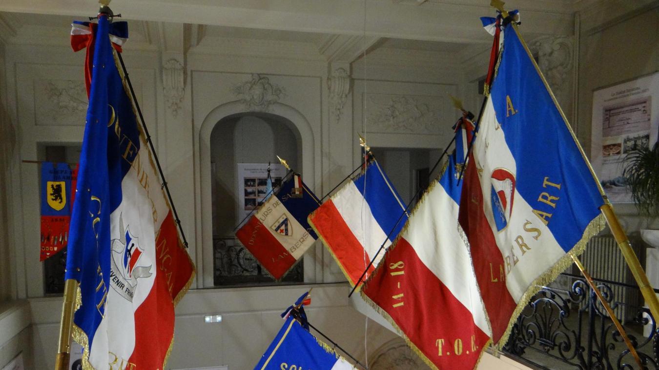 Lambersart: drapeaux et archives de soldats, pour que le souvenir perdure au-delà des commémorations - La Voix du Nord