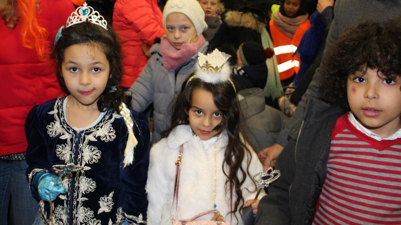 Tourcoing: Important défilé des Allumoirs dans le quartier de la Blanche porte - La Voix du Nord