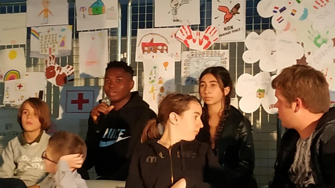 Hazebrouck: deux adolescents racontent leur exil en France - La Voix du Nord