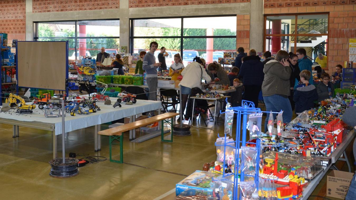 L'exposition Playmobil-Lego fait toujours recette à Hallennes-lez-Haubourdin - La Voix du Nord
