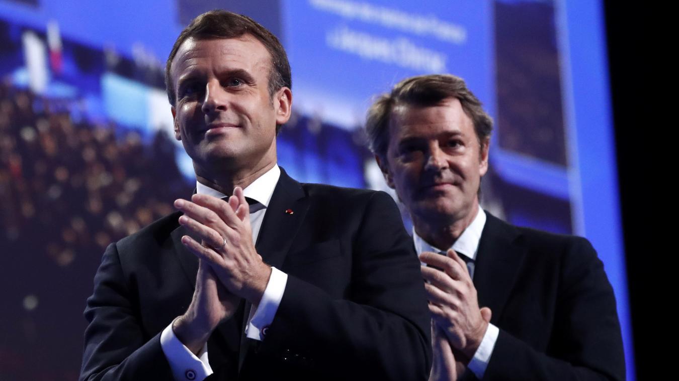 Calendrier Macron 2019.Emmanuel Macron En Operation Reconquete Au Congres Des Maires
