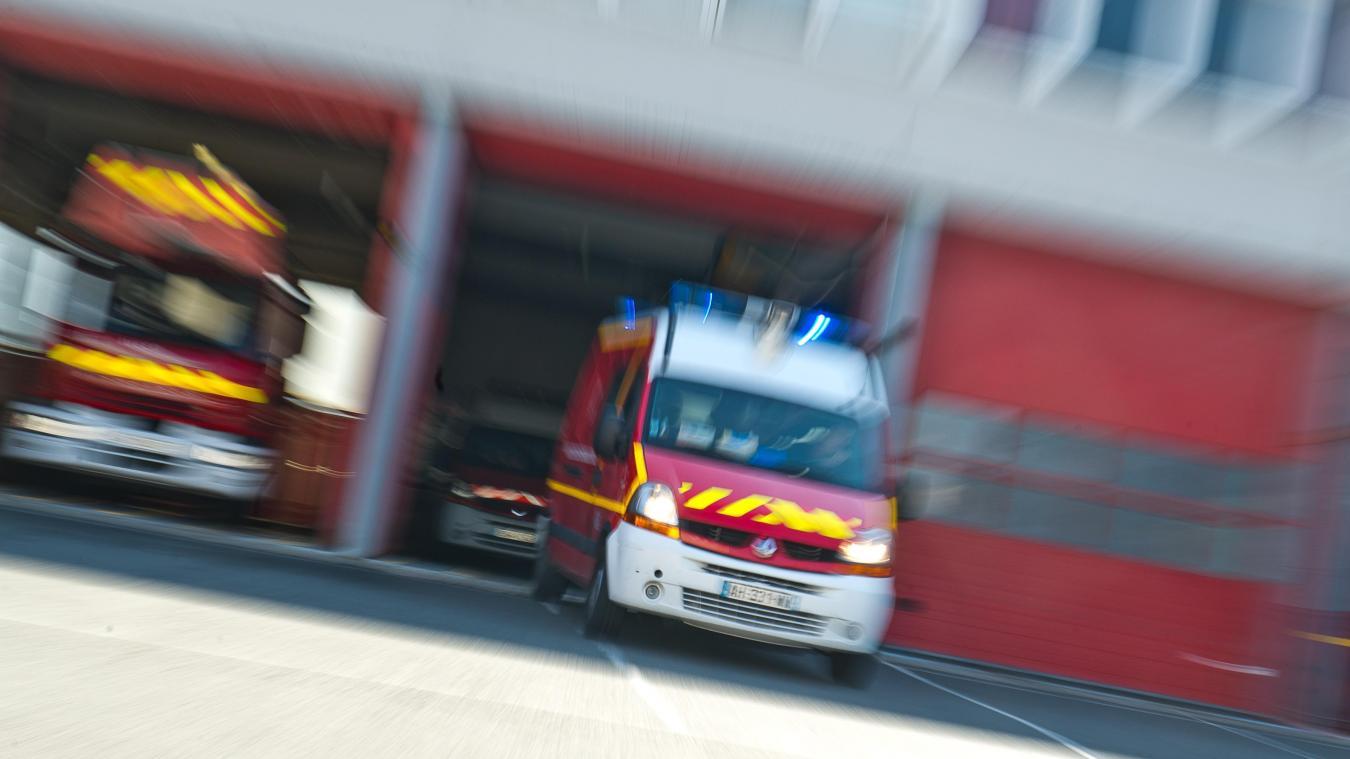 Deux piétonnes poignardées, dont l'une grièvement, par une automobiliste — Paris