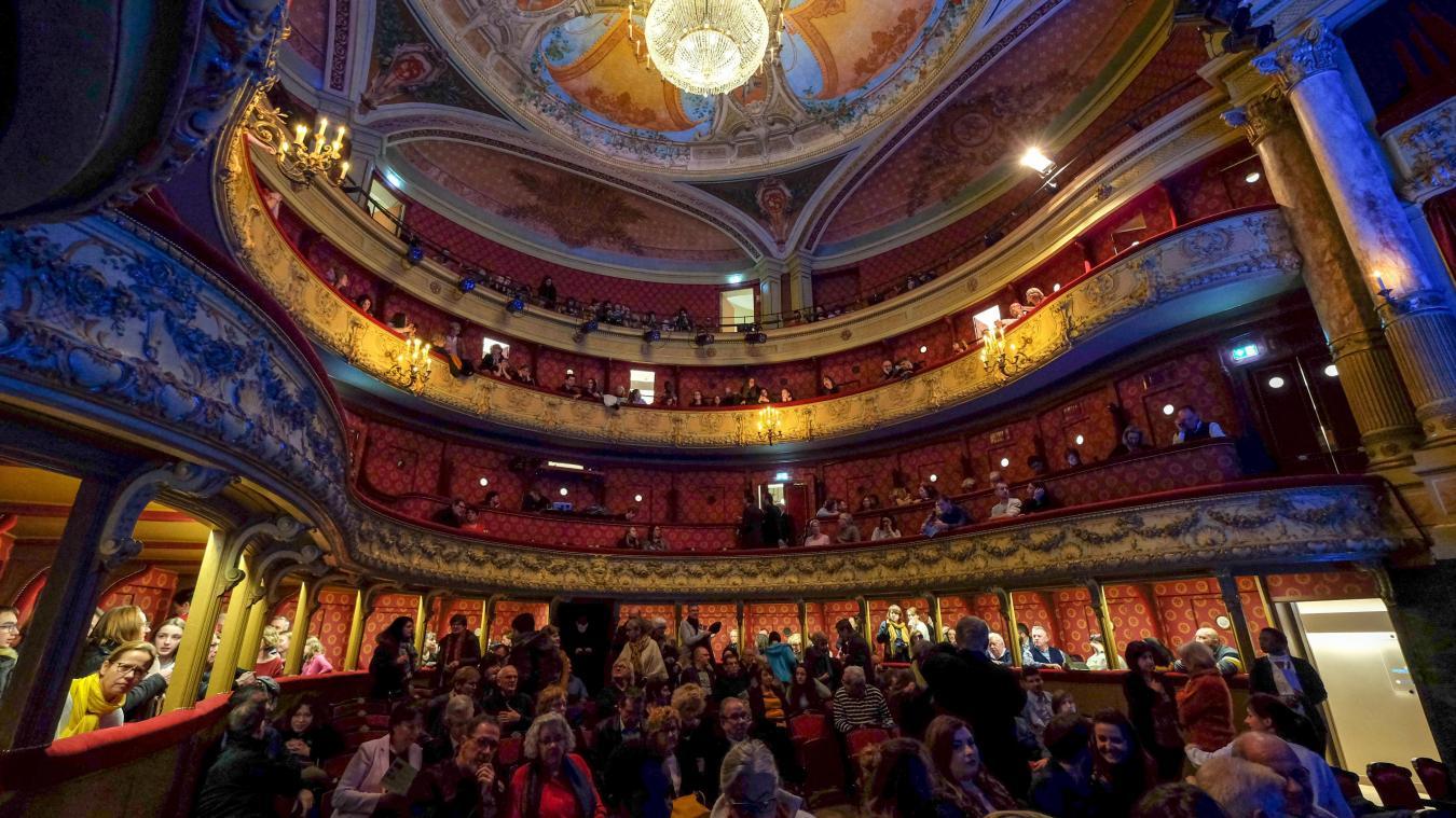 Il y a un an, le théâtre à l'italienne de Saint-Omer a ...