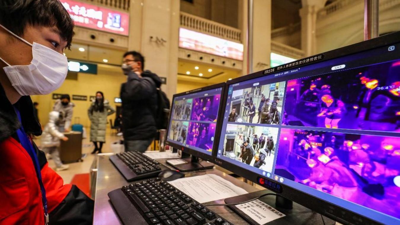 La ville de Wuhan suspend les vols et les trains — Coronavirus