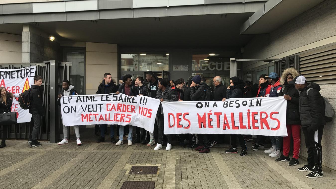 Lille : le lycée Aimé-Césaire en lutte pour ses formations et ses élèves fragiles